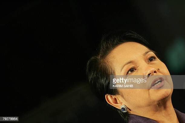 Philippine President Gloria Arroyo speaks during a business lunch hosted by the Dubai Chamber of Commerce 27 January 2008 in Dubai Arroyo urged...