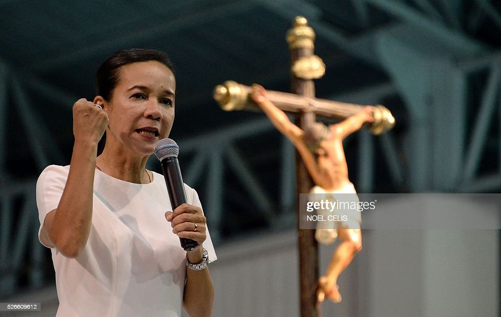 Philippine Presidential candidate Senator Grace Poe speaks during the Pro-Catholic Born again religious group El Shaddai prayer vigil overnight celebration in Manila on May 1, 2016. More than 17,000 positions ranging from president to town councillors will be contested when the Philippines holds national elections on May 9, 2016. About 80 percent of the Philippines' 100 million people are Catholic, a legacy of Spanish colonial rule that ended in the late 1800s. / AFP / NOEL