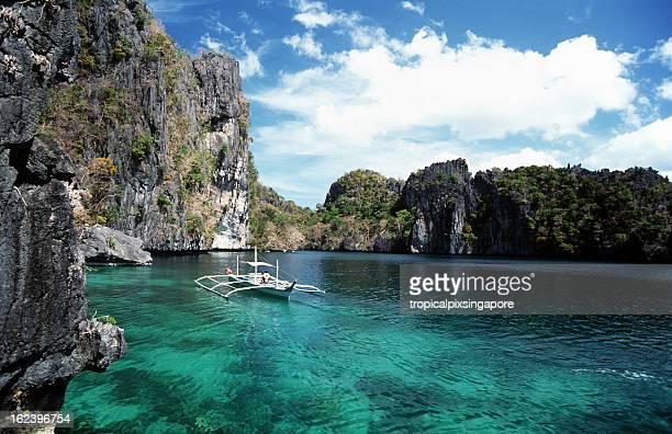 Philippines, Palawan, Miniloc Island.