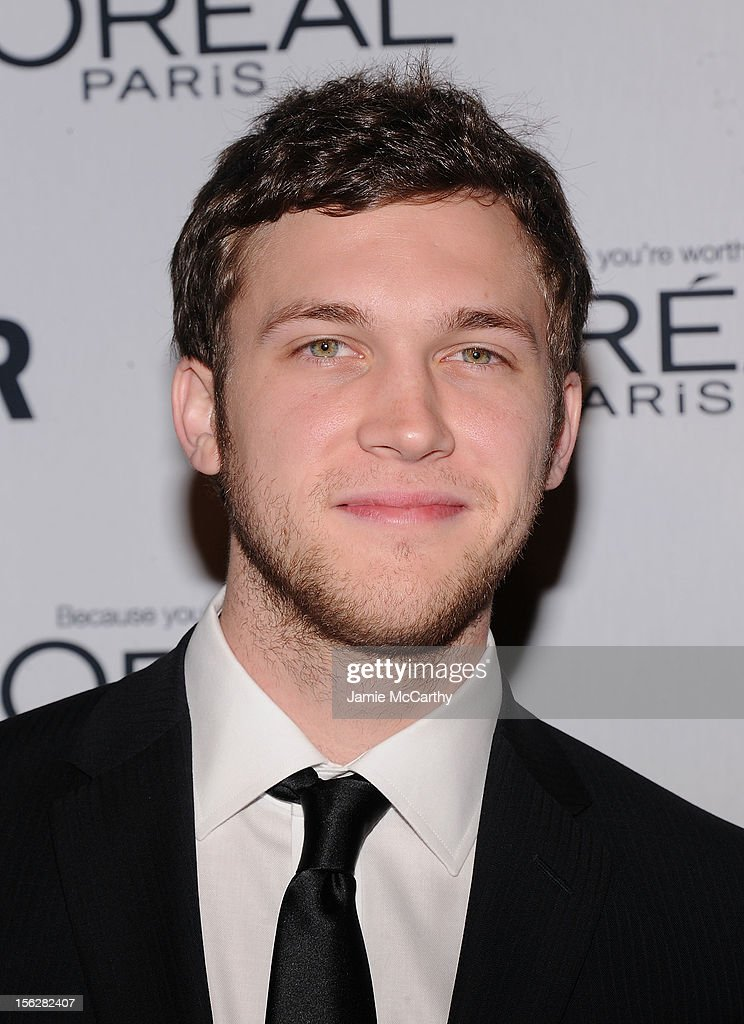 <a gi-track='captionPersonalityLinkClicked' href=/galleries/search?phrase=Phillip+Phillips&family=editorial&specificpeople=1651494 ng-click='$event.stopPropagation()'>Phillip Phillips</a> attends the 22nd annual Glamour Women of the Year Awards at Carnegie Hall on November 12, 2012 in New York City.