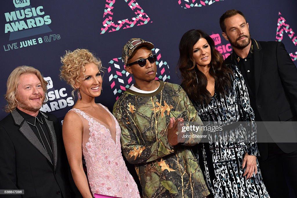 Phillip Sweet Kimberly Schlapman Pharrell Williams Karen Fairchild and Jimi Westbrook attend the 2016 CMT Music awards at the Bridgestone Arena on...