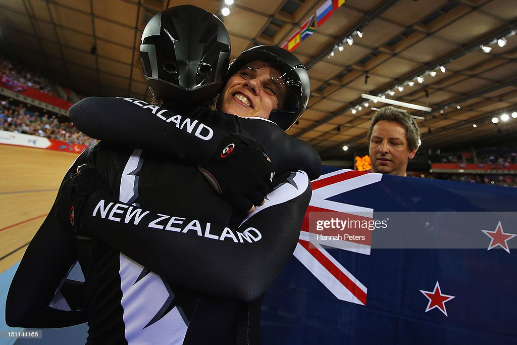 Phillipa Gray and Laura Thompson of New Zealand celebrate winning the Women's Individual B Pursuit on day 4 of the London 2012 Paralympic Games at...