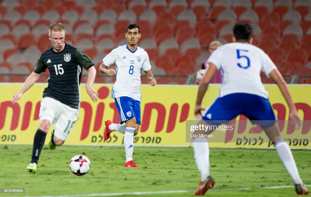 Phillipp Ochs of Germany vies with Amit Biton of Israel during the UEFA Under21 Euro 2019 Qualifier on November 14, 2017 in Ramat Gan, Israel.