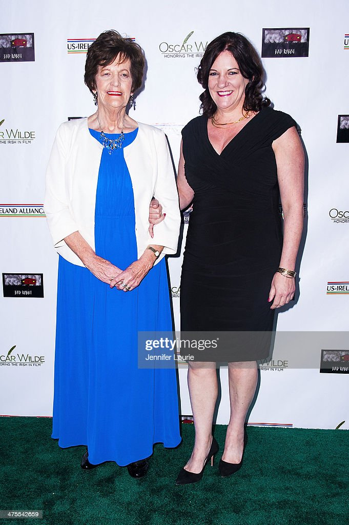 <a gi-track='captionPersonalityLinkClicked' href=/galleries/search?phrase=Philomena+Lee&family=editorial&specificpeople=11489545 ng-click='$event.stopPropagation()'>Philomena Lee</a> and daughter attend the 9th Annual 'Oscar Wilde: Honoring The Irish In Film' Pre-Academy Awards event at Bad Robot on February 27, 2014 in Santa Monica, California.