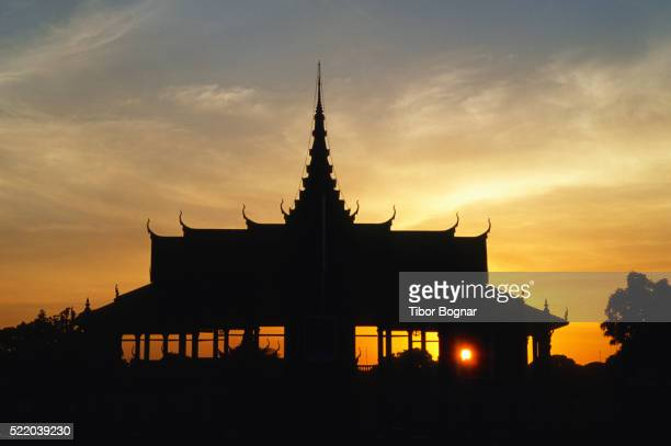 Phnom Penh, Royal Palace, sunset