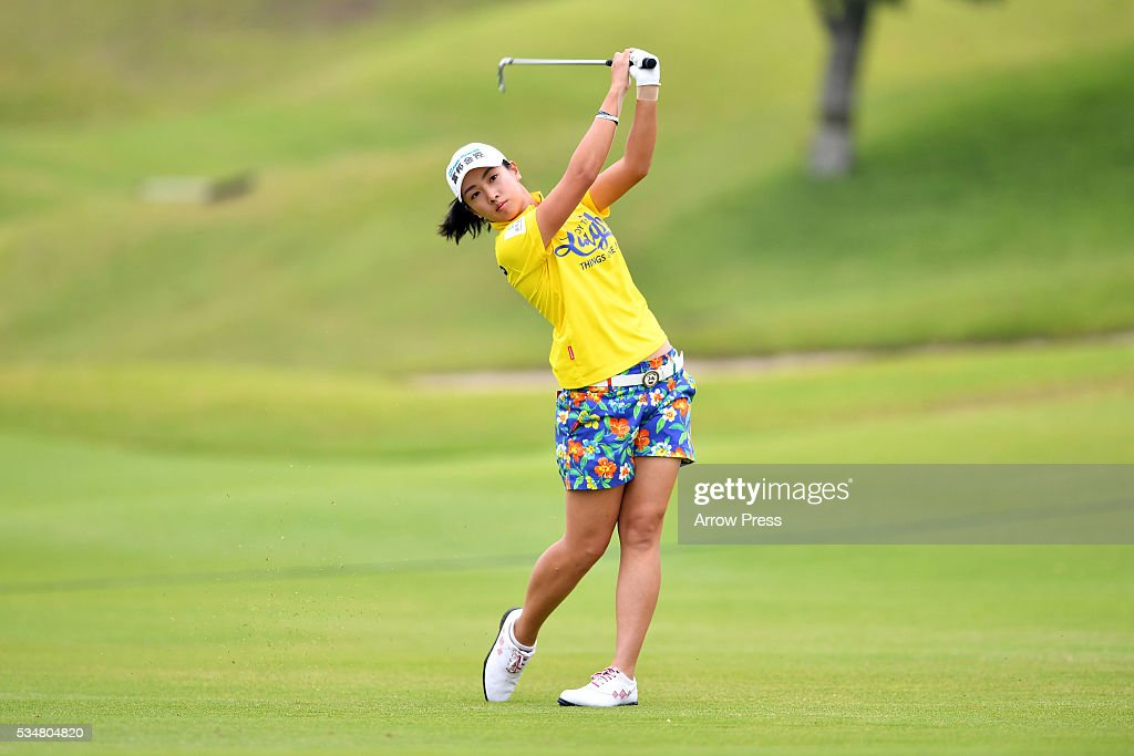 <a gi-track='captionPersonalityLinkClicked' href=/galleries/search?phrase=Phoebe+Yao&family=editorial&specificpeople=12771515 ng-click='$event.stopPropagation()'>Phoebe Yao</a> of Taiwan hits her second shot on the 1st hole during second round of the Resorttrust Ladies at the Grandee Naruto Golf Club XIV on May 28, 2016 in Naruto, Japan.