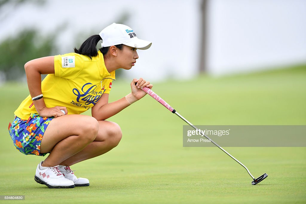 <a gi-track='captionPersonalityLinkClicked' href=/galleries/search?phrase=Phoebe+Yao&family=editorial&specificpeople=12771515 ng-click='$event.stopPropagation()'>Phoebe Yao</a> of Taiwan lines up her putt on the 1st green during second round of the Resorttrust Ladies at the Grandee Naruto Golf Club XIV on May 28, 2016 in Naruto, Japan.