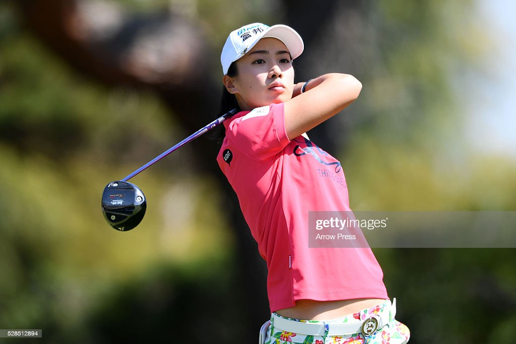 Phoebe Yao of Taiwanhits her tee shot on the 4h hole during the first round of the World Ladies Championship Salonpas Cup at the Ibaraki Golf Club on May 5, 2016 in Tsukubamirai, Japan.