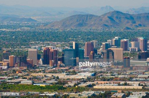 Le centre-ville de Phoenix et de la vue aérienne de midtown