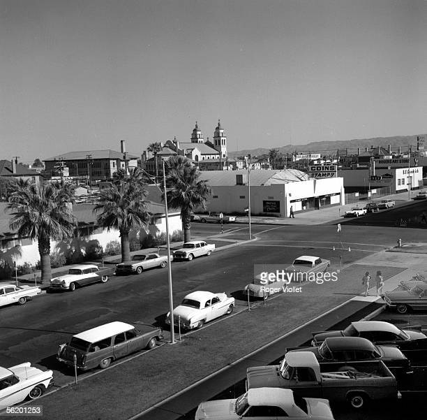 Phoenix The city and the church April 1964