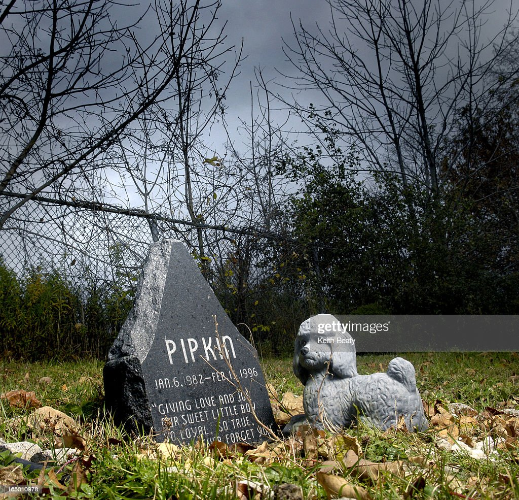 Photo 128510. 23 Oct 06 . Story re dispatching your dog. CREDIT Havelberg Pet Cemetery, Orono Ont. Photo by Keith Beaty