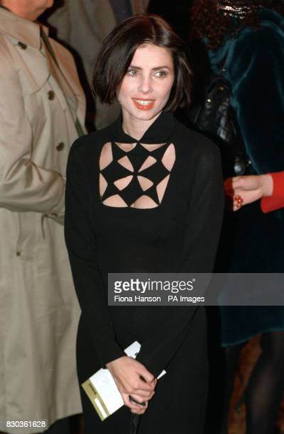 PA Photo 24/1/1993 Sadie Frost arrives for the movie premiere 'Bram Stoker's Dracula' at the Odeon in Leicester Square London