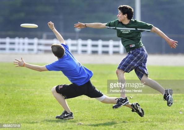An Ultimate frisbee league for high school students has begun this ...