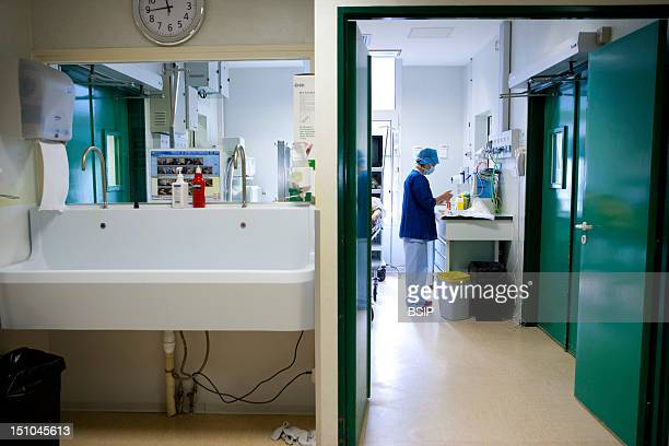 Photo Essay At The Diaconesses Hospital Paris France Pole Pelvic Floor Department Of Urology Treatment Of Benign Prostatic Hypertrophy By Green Light...