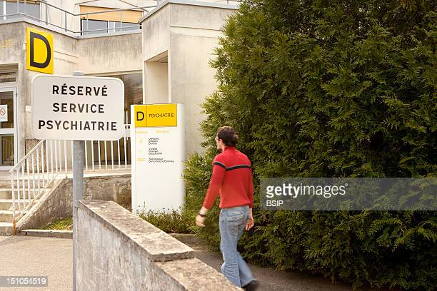 Photo Essay At The Hospital Of Meaux 77 France