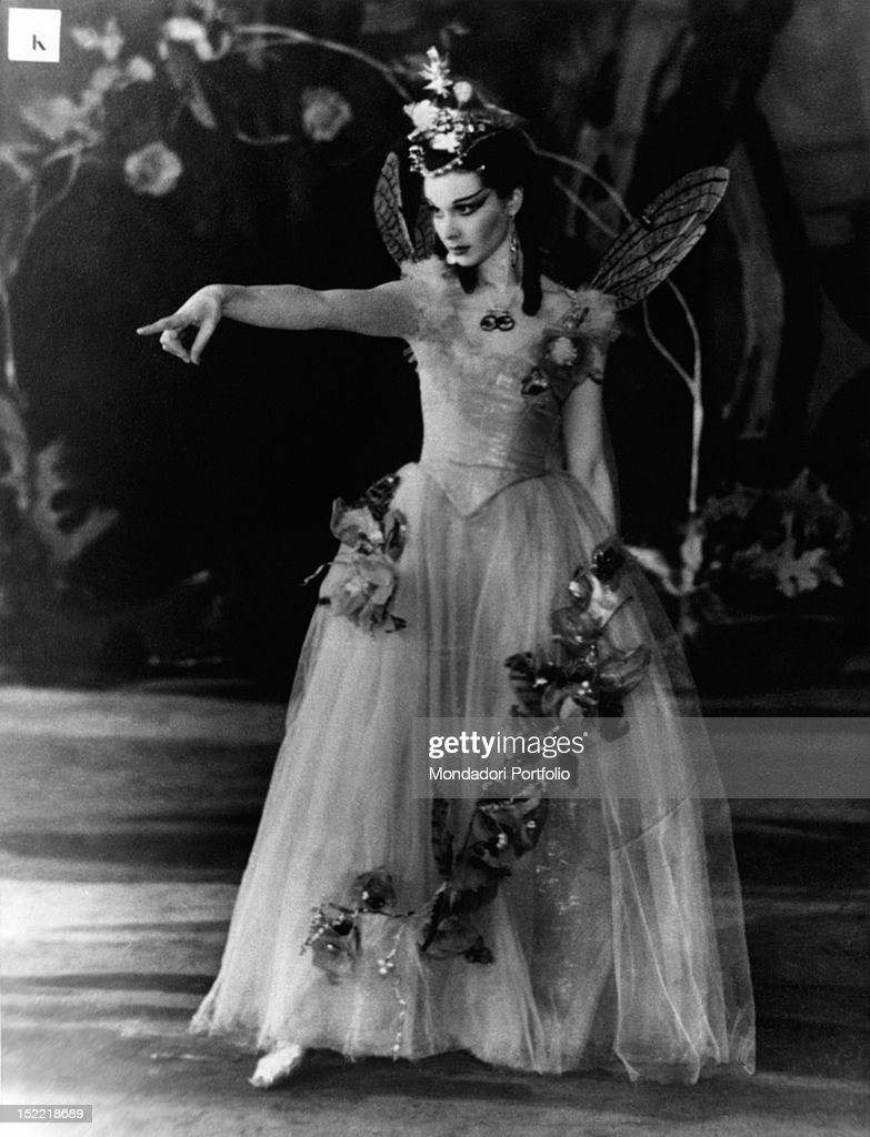 A photo exposed at the Biblioteca Comunale in Milan in occasion of the exhibition 'Shakespeare in the British Theatre' shows Vivien Leigh performing Titania, the Queen of the Fairies, during the performance of 'A Midsummer Night's Dream'; the Shakespearean comedy has been represented on stage by the Old Vic Theatre Company, between 1937 and 1938. London (Great Britain).