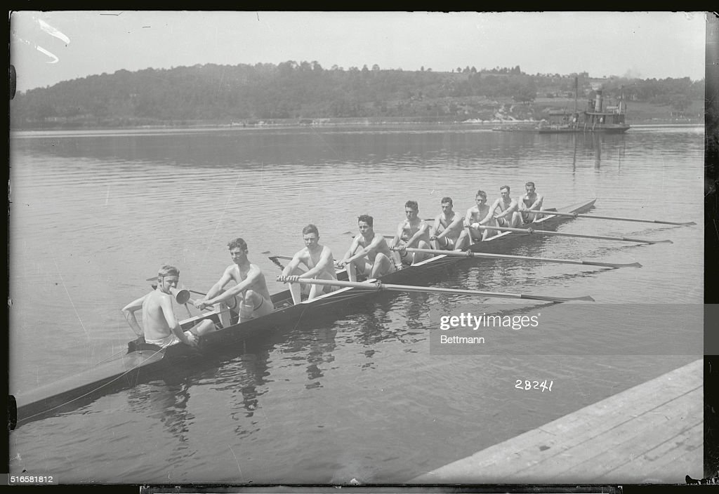Photo made at Red Top Harvard's training camp on the Thames River Photo shows Harvard's 1915 varsity eight oared crew Lund stroke Cobat 7 Parons 6 J...