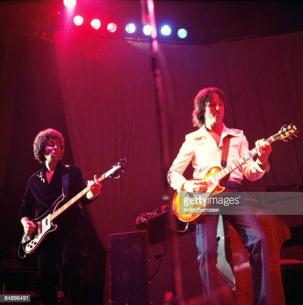 ODEON Photo of 10CC and Graham GOULDMAN and Eric STEWART Graham Gouldman and Eric Stewart performing on stage 261
