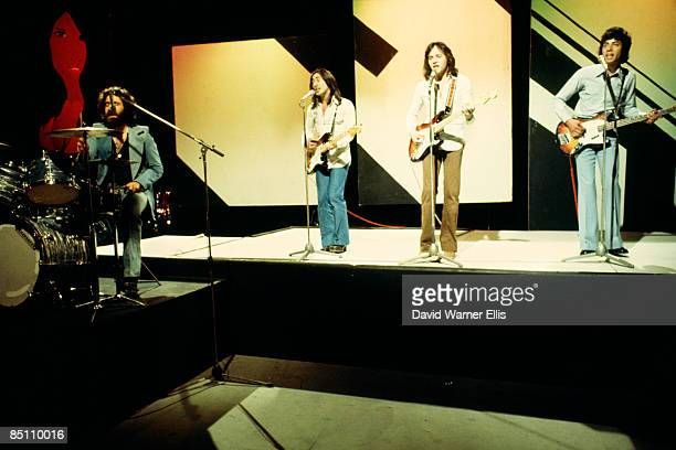 Photo of 10CC and Kevin GODLEY and Lol CREME and Eric STEWART and Graham GOULDMAN Group performing on stage LR Kevin Godley Lol Creme Eric Stewart...
