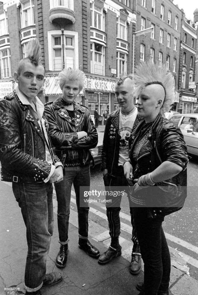 Photo of 80'S STYLE and 70'S STYLE and MOHICAN and PUNKS punks photographed in Soho