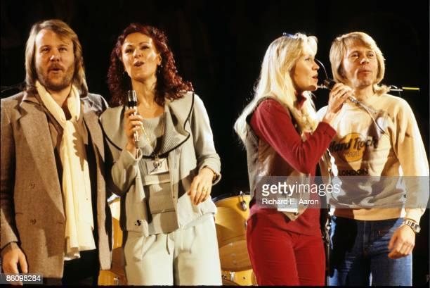Photo of ABBA LR Benny Andersson AnniFrid Lyngstad Agnetha Faltskog Bjorn Ulvaeus performing live onstage Unicef Gala group shot