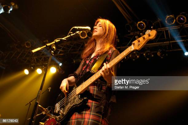 Photo of Abby TRAVIS and BANGLES Abby Travis live at the Elserhalle