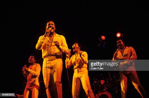 Photo of Abdul FAKIR and FOUR TOPS and Levi STUBBS and Lawrence PAYTON and Renaldo BENSON LR Renaldo 'Obie' Benson Levi Stubbs Abdul 'Duke' Fakir...