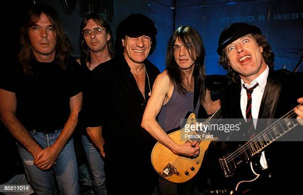 VH1 Photo of AC DC and Phil RUDD and Malcolm YOUNG and Cliff WILLIAMS and Brian JOHNSON and Angus YOUNG and AC/DC Cliff Williams Phil Rudd Brian...