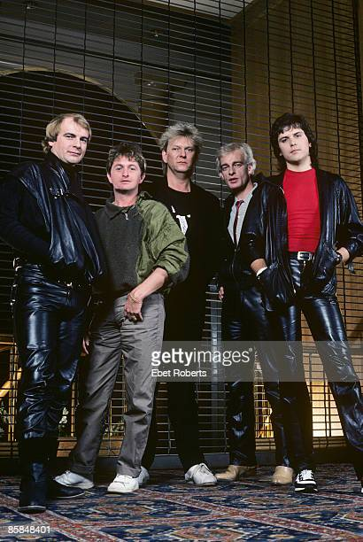 Photo of Alan WHITE and Jon ANDERSON and Tony KAYE and Trevor RABIN and YES and Chris SQUIRE LR Alan White Jon Anderson Chris Squire Tony Kaye Trevor...