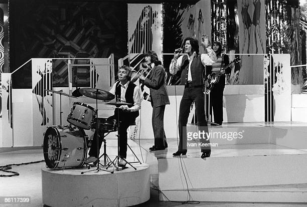 POPS Photo of Barry GIBB and Maurice GIBB and BEE GEES and Robin GIBB LR Colin Petersen Robin Gibb Barry Gibb Maurice Gibb