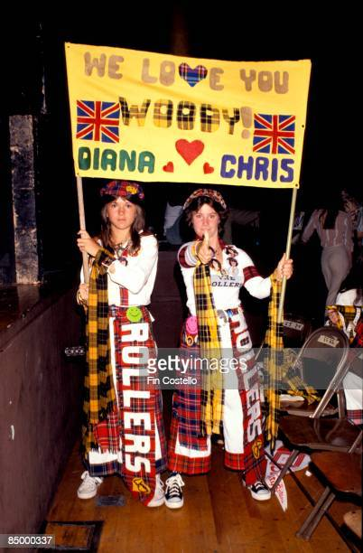Photo of BAY CITY ROLLERS and FANS and TEENAGERS