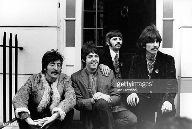 Photo of BEATLES John Lennon Paul McCartney Ringo Starr George Harrison outside Brian Epstein's Belgravia house for Sgt Pepper launch