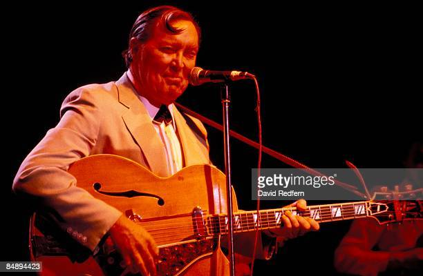 STADIUM Photo of Bill HALEY performing live onstage at the London Rock'n'Roll Show