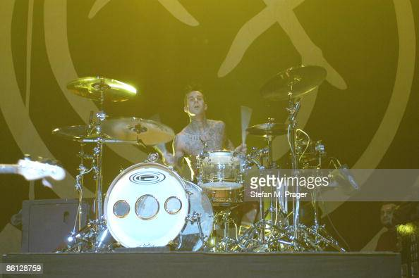 Photo of BLINK 182 BLINK 182 live in der Olympiahalle Muenchen am