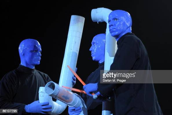 OLYMPIAHALLE Photo of BLUE MAN GROUP Group performing on stage
