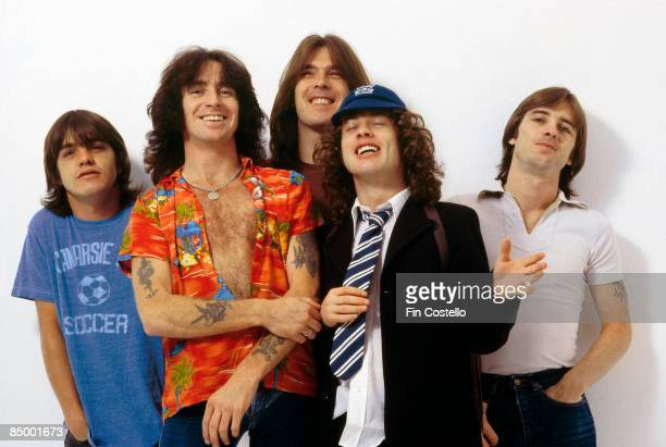 CAMDEN Photo of Bon SCOTT and AC/DC and Angus YOUNG and Phil RUDD and Cliff WILLIAMS and Malcolm YOUNG and AC DC LR Malcolm Young Bon Scott Cliff...