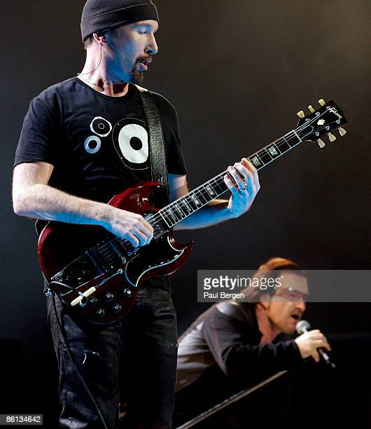 guitare gibson sg stock photos and pictures getty images. Black Bedroom Furniture Sets. Home Design Ideas