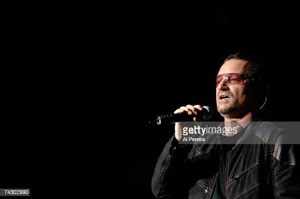 Photo of Bono Photo by Al Pereira/Michael Ochs Archives/Getty Images