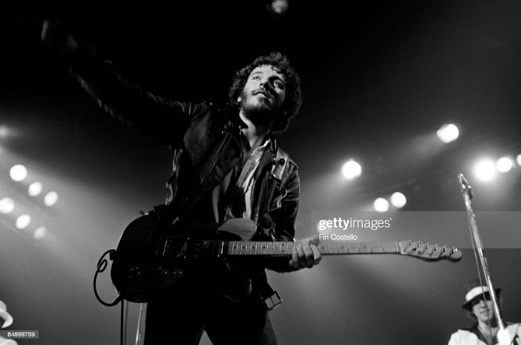 REDBANK Photo of Bruce SPRINGSTEEN Bruce Springsteen performing on stage Born to Run Tour 47