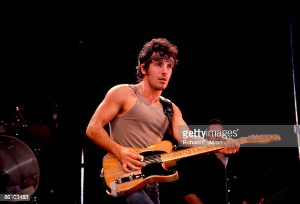 USA Photo of Bruce SPRINGSTEEN performing live onstage on Born In The USA tour
