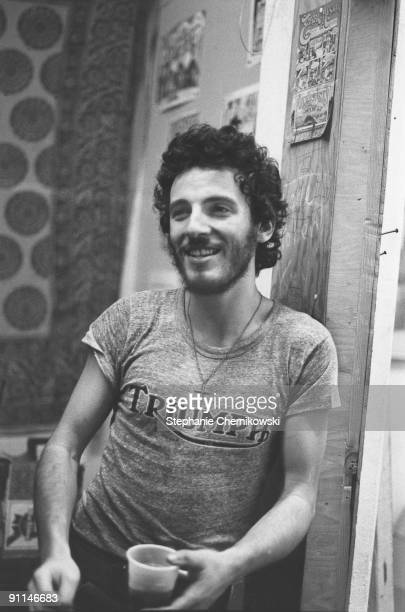 USA Photo of Bruce SPRINGSTEEN posed backstage c1974 wearing Triumph motorbike tshirt