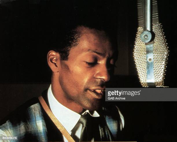 Photo of Chuck BERRY Chuck Berry In recording studio