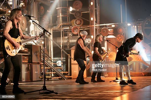Photo of Cliff WILLIAMS and AC/DC and AC DC and Brian JOHNSON and Malcolm YOUNG and Angus YOUNG LR Malcolm Young Brian Johnson Cliff Williams and...