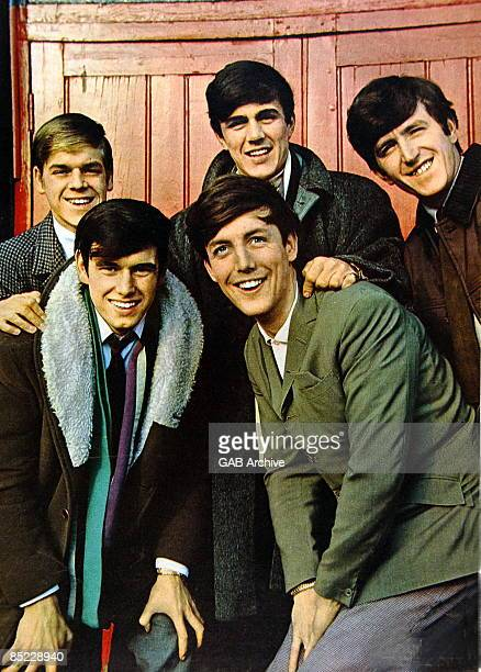 Photo of DAVE CLARK FIVE and Dave CLARK and Denis PAYTON and Lenny DAVIDSON and Mike SMITH and Rick HUXLEY