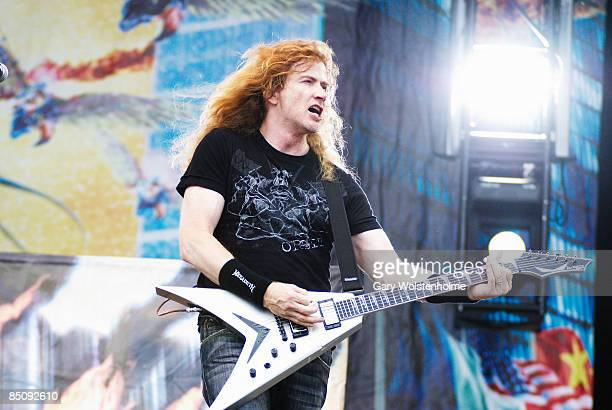 PARK Photo of Dave MUSTAINE and MEGADETH Dave Mustaine performing live onstage