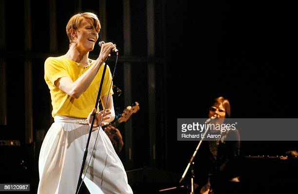 GARDEN Photo of David BOWIE with Roger Powell performing live onstage on Low/Heroes 1978 World Tour