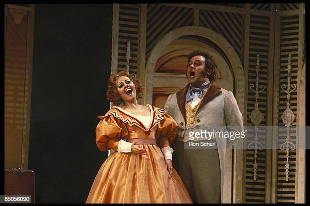 HOUSE Photo of DON PASQUALE Ruth Welting as Norina David Rendall as Ernesto