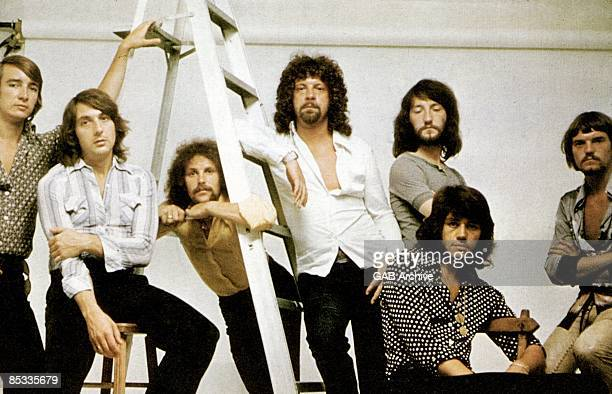 Photo of ELECTRIC LIGHT ORCHESTRA and Jeffy LYNNE Posed group potrait of ELO Jeff Lynne