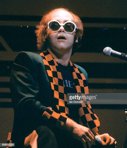 THEATRE Photo of Elton JOHN