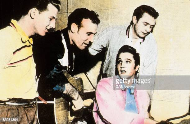 Photo of Elvis PRESLEY and Jerry Lee LEWIS and Carl PERKINS and Johnny CASH LR Jerry Lee Lewis Carl Perkins Elvis Presley Johnny Cash The Million...